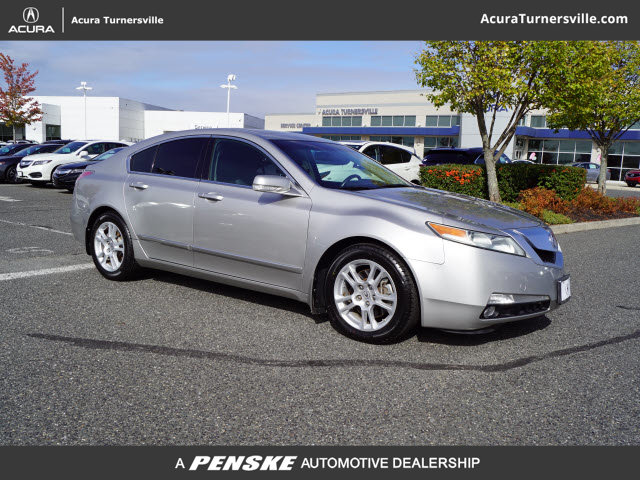 Pre-Owned 2011 Acura TL 4dr Sedan 2WD