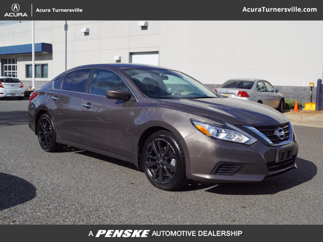 Pre-Owned 2016 Nissan Altima 4dr Sedan I4 2.5 S