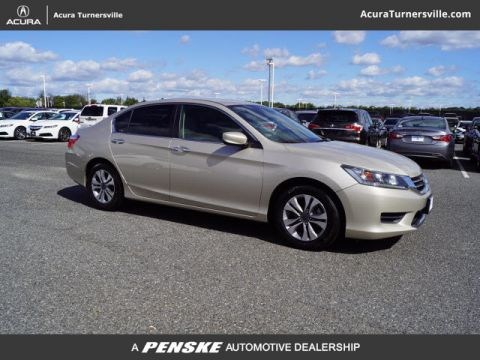 Pre-Owned 2014 Honda Accord Sedan 4dr I4 CVT LX